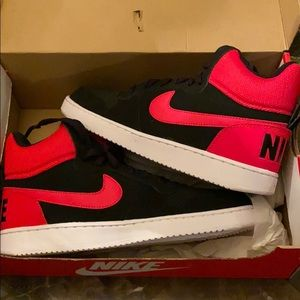 Red & Black Nike court borough mid